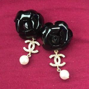 Chanel 20A runway xlarge metiers d 'art earrings